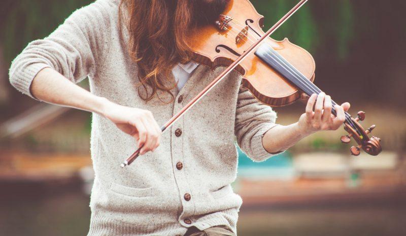 Spela folkmusik