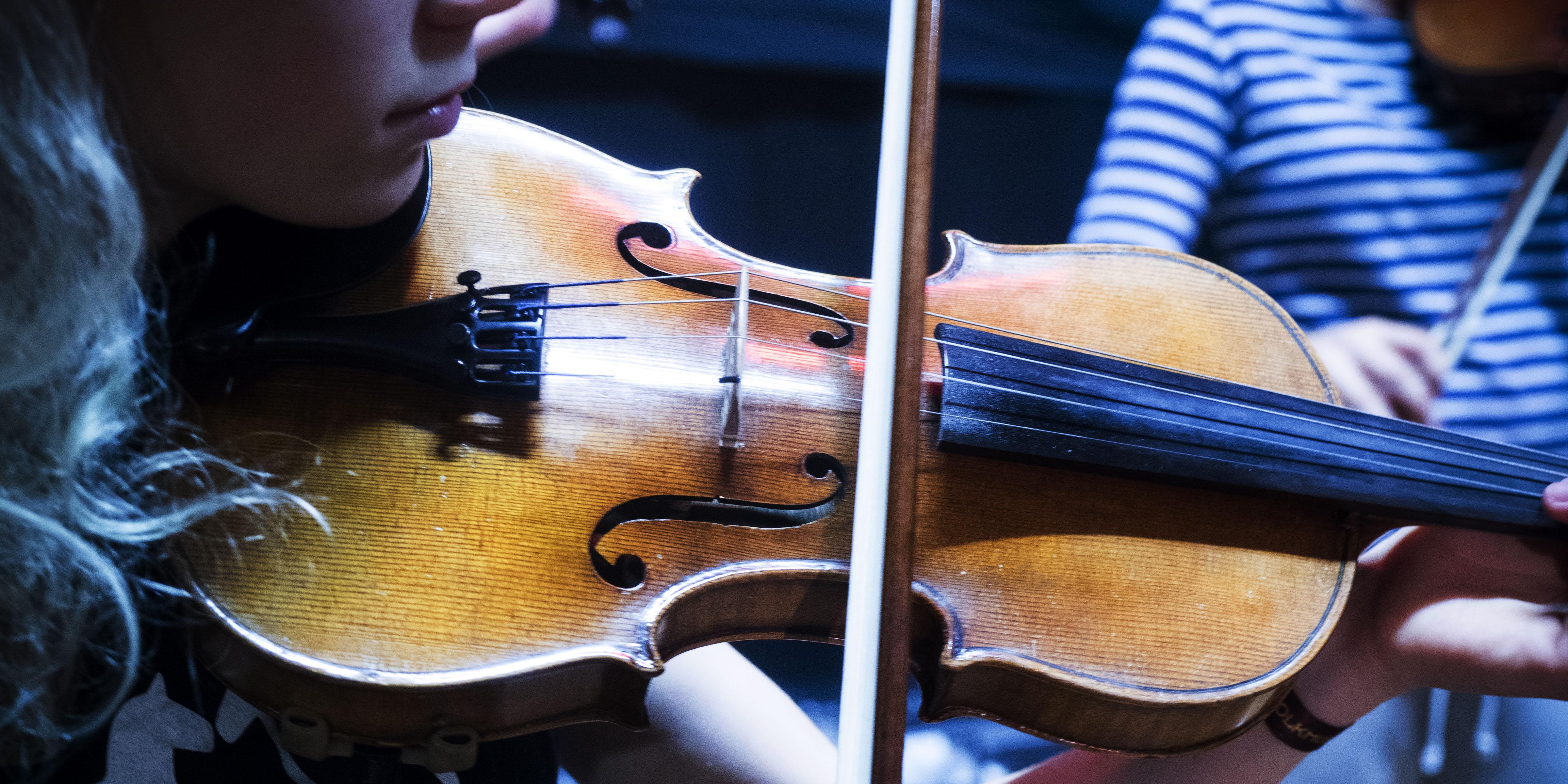 Varmt välkomna till Smålands Folkmusikläger 2019 – nu på Hjorstberga lägergård!