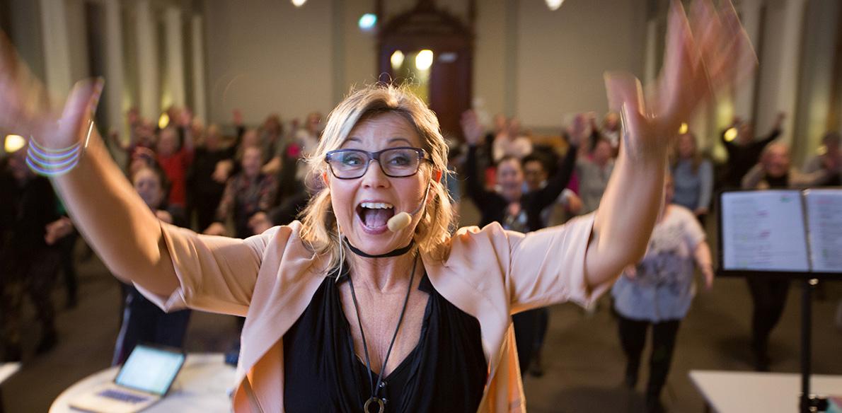 Popitoppkören måndagar  18:00 hösten 2019 med Susanne Fellbrink