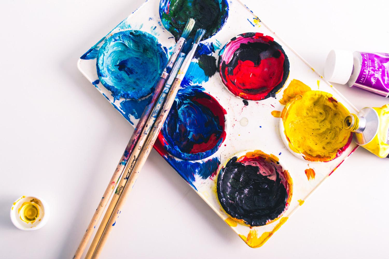 Måla och skapa – en studiecirkel med färg och form