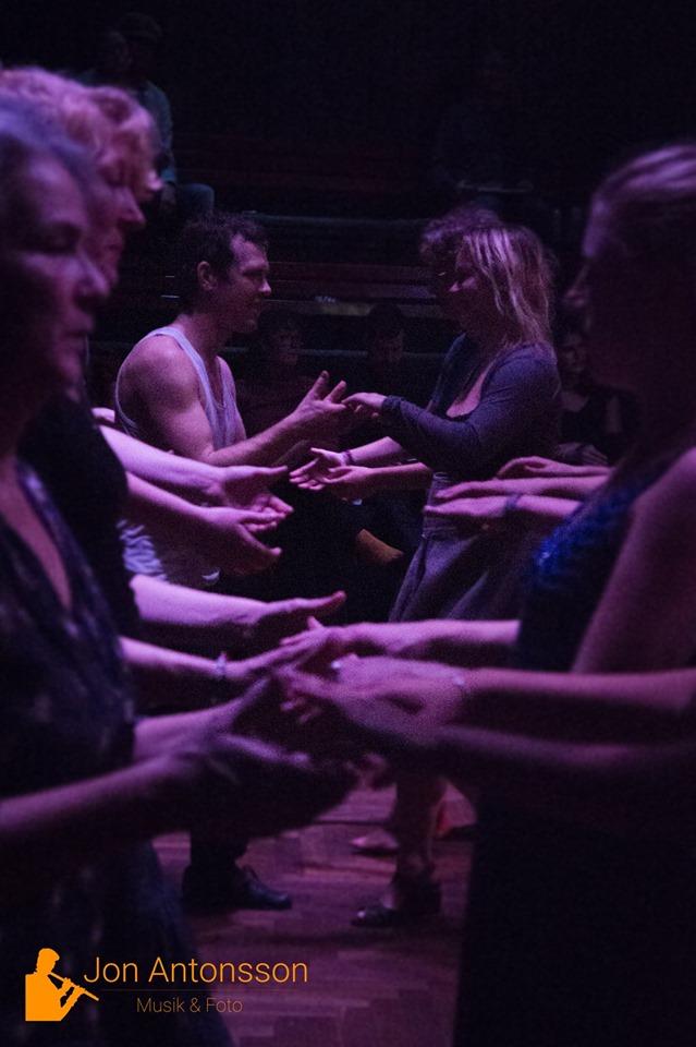 Vad är folkdans